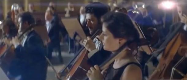 Publicité DS5 : Orchestre, changez d'époque